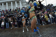 € de Helsinki, Finlande «le 6 juin 2015 : Voiture traditionnelle de samba d'été Photographie stock libre de droits