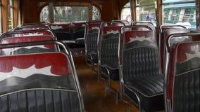 1940Â's阿根廷都市公共汽车公共交通的一个关键模型的室内设计位子 股票录像
