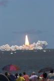 STS 121 de lancement de navette spatiale photo stock