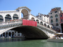 Venecia, Italia del puente de Rialto Imagen de archivo libre de regalías