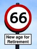 âge 66 neuf pour la retraite image libre de droits