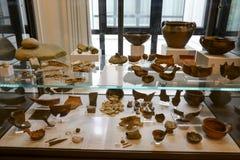 Ânforas antigas do museu nas ruínas romanas em Egnazia Fotos de Stock Royalty Free