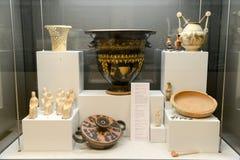 Ânforas antigas do museu nas ruínas romanas em Egnazia Fotografia de Stock Royalty Free