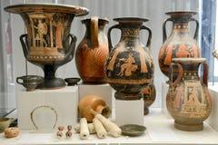 Ânforas antigas do museu nas ruínas romanas em Egnazia Imagens de Stock Royalty Free