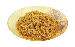 Ângulo cozinhado da bacia do serviço da massa do arroz Fotos de Stock Royalty Free