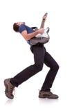 Ângulo largo de um guitarrista novo Foto de Stock Royalty Free