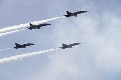 Ângulos dos azuis marinhos dos E.U. em Airshow Fort Worth Fotografia de Stock Royalty Free