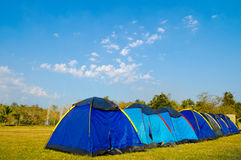 ã¢â¬Â¢ Pobyt namiotem przy Sankamphaeng gorącą fontanną. Fotografia Stock