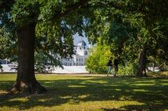 ` és Uszoda rdÅ ¼ gyfà ³ Будапешта-Széchenyi Gyà с красивым парком Стоковое Изображение