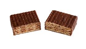 Ð ¡ hocolate opłatki Składa wyśmienicie czekoladowego baru tła cukierku czekoladowego nacięcia odosobniony biel obrazy royalty free