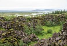 Þingvellir, όπου τα ευρωπαϊκά και αμερικανικά πιάτα συναντιούνται Εθνικό πάρκο Thingvellir κοντά στο Ρέικιαβικ, στοκ φωτογραφίες