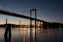 "Ã ""lvsborgs桥梁在夜之前 库存照片"