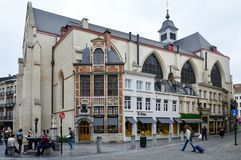 Ã ‰ glise st-Nicolas of Heilige Nicholas Church achter Bourse in Brussel, België wordt gevestigd dat royalty-vrije stock fotografie