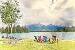 一个山和湖的美术的被转换的图象有反射的 库存图片