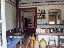 一老taverne在希腊 库存图片