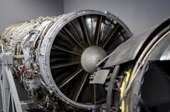 乌克兰飞机关闭的双重涡轮喷气引擎 库存图片