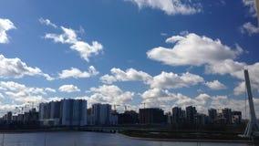 云彩时间间隔在天空的 股票视频