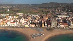 从小村庄桑特安东尼从西班牙的de卡隆赫的空中寄生虫英尺长度,在布拉瓦海岸 股票录像