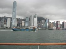 从江边,尖沙咀,九龙,香港的看法 免版税库存照片