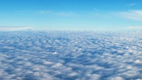 从舷窗的看法到明亮的云彩的领域 股票录像
