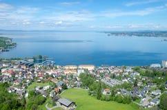 从附近的山的Bodensee 免版税库存照片