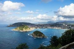 从Mont Igueldo,巴斯克地区,西班牙的Donostia -圣・萨巴斯蒂安视图 免版税库存图片