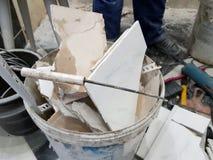 修理建筑和建筑废物 免版税库存图片