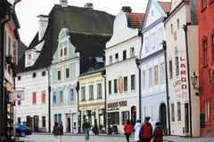 ÄŒeskÃ-½ Krumlov in der Tschechischen Republik lizenzfreie stockfotos