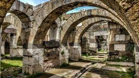 Ä°zmir, Turquía - 31 de marzo de 2013: Visión desde el museo del aire abierto del ágora de Smyrna Foto de archivo