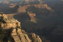 Äckelar för ottaljusäckelar korsar Grand Canyon fotografering för bildbyråer