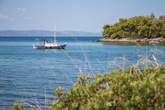 Ägäisches Meer Boot lizenzfreie stockfotografie