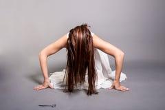 Ägd läskig kvinna Arkivbild