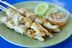 Ägg för tioarmad bläckfisk för Thailand gata mat stekte under omrörning Royaltyfria Foton