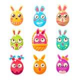 Ägg formad påsk Bunny In Different Designs Arkivbild