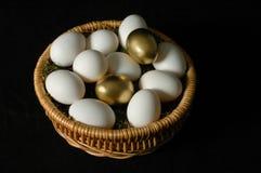 ägg guld- två Arkivbilder