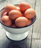 Ägg i en bunke Fotografering för Bildbyråer