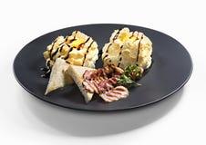 Ägg i moln med grillad bacon Royaltyfri Bild