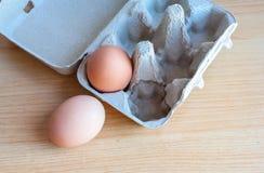 Ägg i pappers- magasin royaltyfri foto