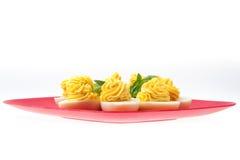 Ägg med dekorerad majonnäs Fotografering för Bildbyråer