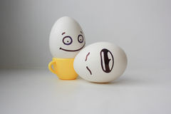 Ägg med den målade framsidan Foto för din design Royaltyfri Fotografi