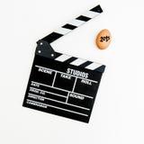 ägg 2015 med filmclapperbrädet Royaltyfri Fotografi
