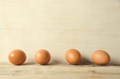 Ägg Nya fega ägg som är klara för att laga mat Fotografering för Bildbyråer