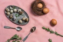 Ägg och gammalt bestick Royaltyfri Fotografi
