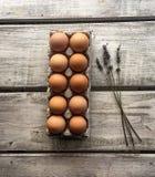Ägg och lavendel Arkivfoto