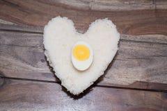 Ägg och vita ris Arkivfoton