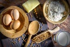 Ägg smör och mjöl Arkivfoto