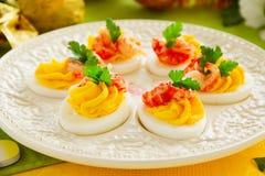 Ägg som är välfyllda med krämig mousse Fotografering för Bildbyråer