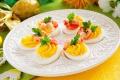 Ägg som är välfyllda med krämig mousse Royaltyfria Foton