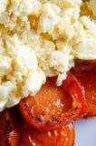 ägg stekte scambled tomater Royaltyfri Foto