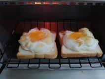 Äggbröd Fotografering för Bildbyråer